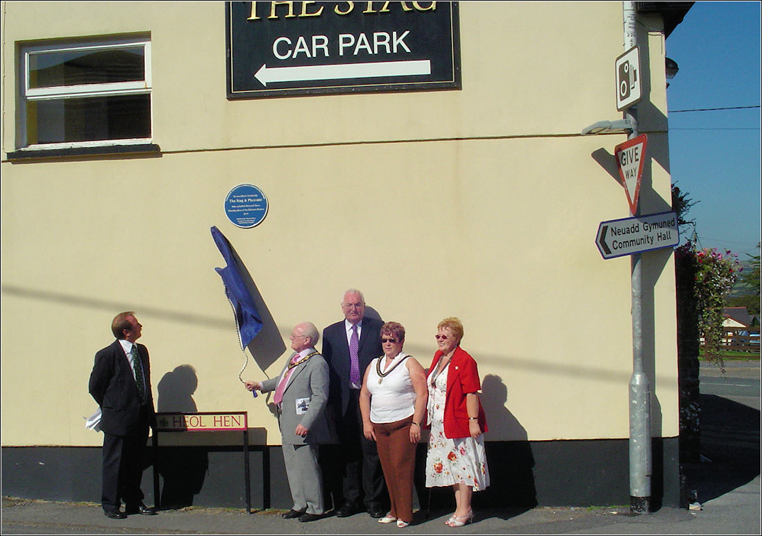 Unveiling of Blue Plaque at the Stag