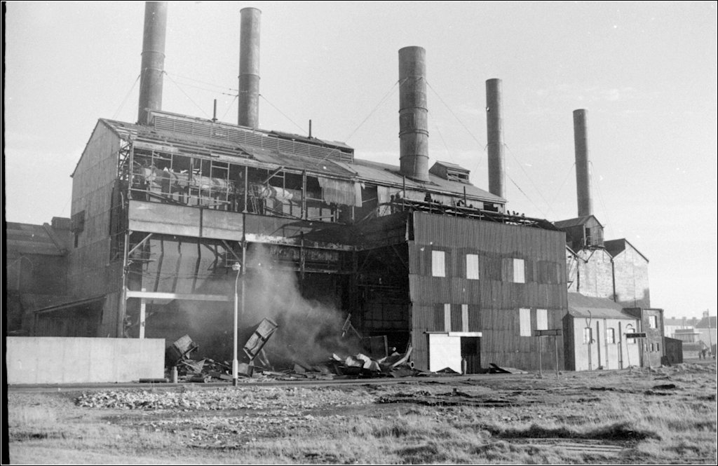 North Dock Power Station.  Demolished 1971. Photo by N Tonge.