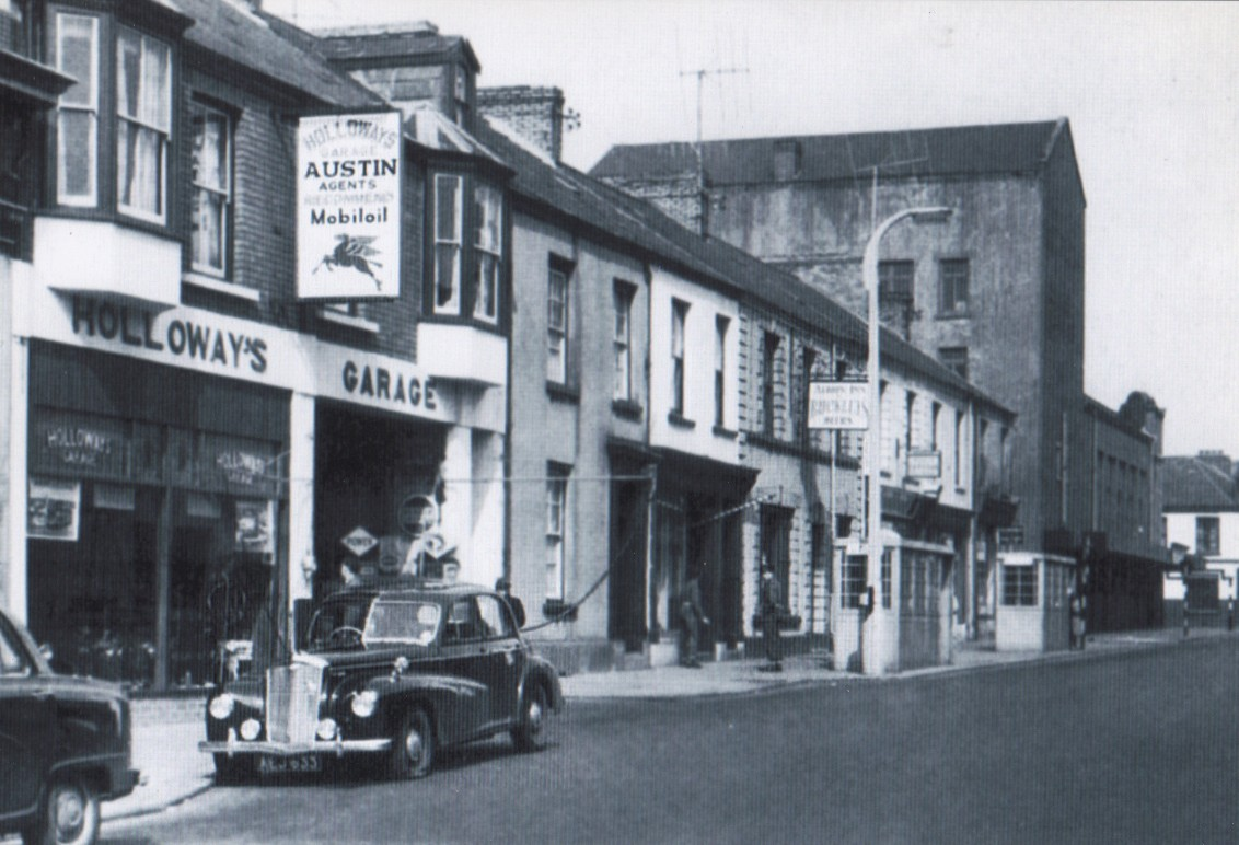 Holloways Garage circa 1960